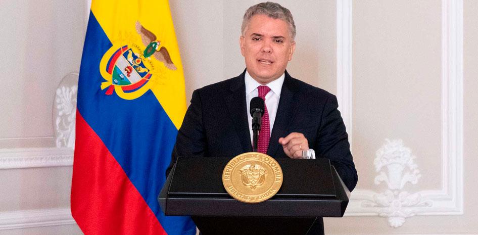 Los servidores públicos están para buscar soluciones que permitan mitigar  la pandemia: Duque | APC-Colombia